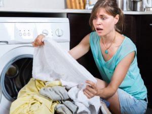 Как очистить сосновую смолу с одежды