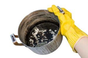 Как почистить от черноты алюминиевую кастрюлю и придать ей блеск