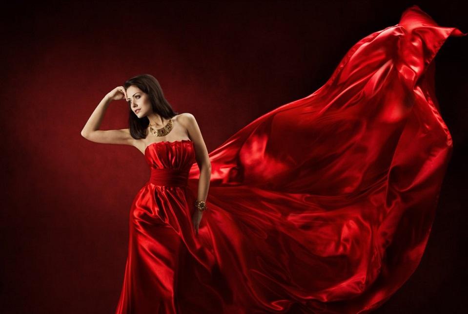 Видеть Женщину В Красном Платье
